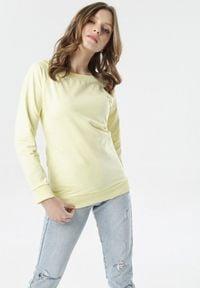 Born2be - Żółta Bluza Bessie. Kolor: żółty