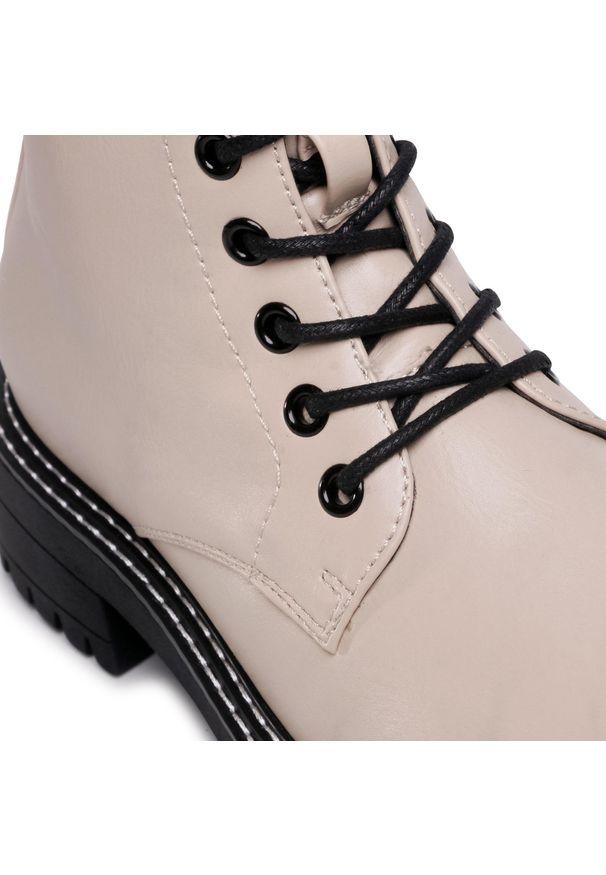 Beżowe buty trekkingowe Jenny Fairy z cholewką