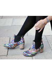 Botki Zapato w kolorowe wzory, klasyczne, na co dzień, wąskie