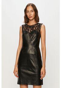 Czarna sukienka Morgan z okrągłym kołnierzem, bez rękawów, mini, casualowa