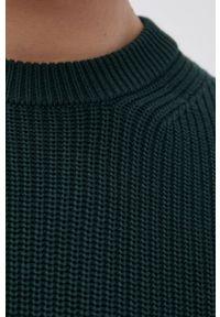 Premium by Jack&Jones - Sweter bawełniany. Kolor: zielony. Materiał: bawełna. Długość rękawa: długi rękaw. Długość: długie. Wzór: ze splotem