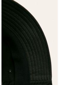 Czarny kapelusz Fila gładki