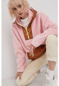 Billabong - Bluza. Kolor: różowy. Długość rękawa: długi rękaw. Długość: krótkie