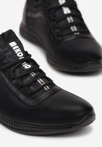 Born2be - Czarne Półbuty Aegamia. Nosek buta: okrągły. Zapięcie: sznurówki. Kolor: czarny. Szerokość cholewki: normalna. Wzór: napisy. Wysokość cholewki: przed kostkę. Materiał: skóra, materiał. Obcas: na płaskiej podeszwie. Styl: sportowy, elegancki #3
