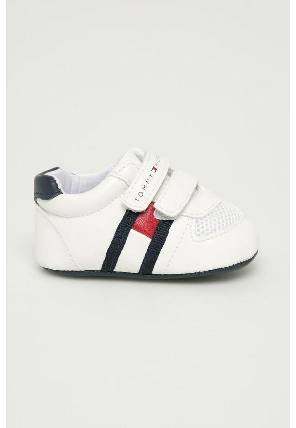 Białe buty sportowe TOMMY HILFIGER z okrągłym noskiem, na rzepy