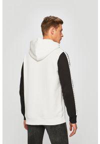Biała bluza nierozpinana Reebok Classic z nadrukiem, casualowa, z kapturem, na co dzień