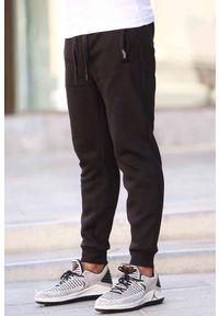 Czarne jeansy IVET na co dzień, sportowe