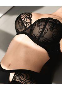 MOVELLE - Czarny biustonosz Christina. Kolor: czarny. Materiał: tiul. Wzór: haft, aplikacja