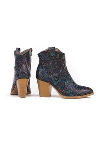 Botki Zapato w kolorowe wzory, wąskie