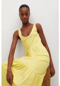 mango - Mango - Sukienka MASITO. Kolor: żółty. Materiał: dzianina, bawełna. Długość rękawa: na ramiączkach. Typ sukienki: rozkloszowane