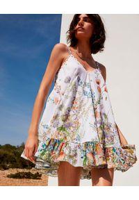 CHARO RUIZ IBIZA - Krótka sukienka Lili. Kolor: biały. Materiał: koronka, bawełna. Długość rękawa: na ramiączkach. Wzór: nadruk, aplikacja, kwiaty. Długość: mini