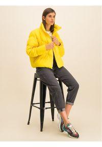 Żółta kurtka zimowa Nike