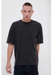 Champion - T-shirt bawełniany. Kolor: szary. Materiał: bawełna. Wzór: gładki, aplikacja