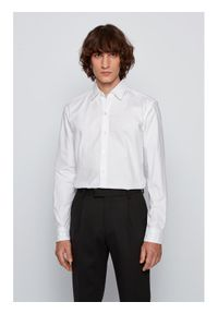 BOSS - Boss Koszula Robbie 50438496 Biały Sharp Fit. Kolor: biały