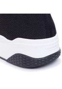 Czarne buty sportowe vagabond