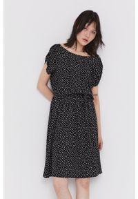 medicine - Medicine - Sukienka Commercial. Kolor: czarny. Materiał: tkanina. Długość rękawa: krótki rękaw. Typ sukienki: rozkloszowane