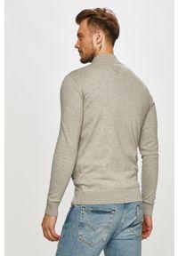 Szary sweter rozpinany Guess na co dzień, casualowy