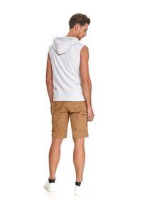 TOP SECRET - T-shirt męski bez rękawów z kapturem. Typ kołnierza: kaptur. Kolor: szary. Materiał: tkanina. Długość rękawa: bez rękawów. Sezon: lato. Styl: wakacyjny