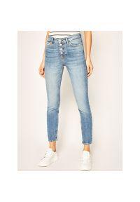Niebieskie jeansy slim Guess