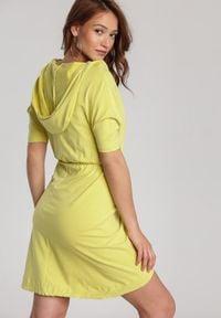 Renee - Jasnożółta Sukienka Aquaneh. Kolor: żółty. Typ sukienki: proste, dopasowane. Długość: mini
