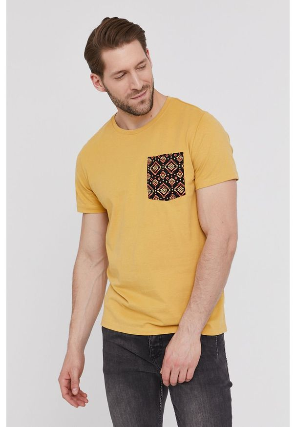 medicine - Medicine - T-shirt Basic. Kolor: żółty. Materiał: dzianina, bawełna. Wzór: nadruk