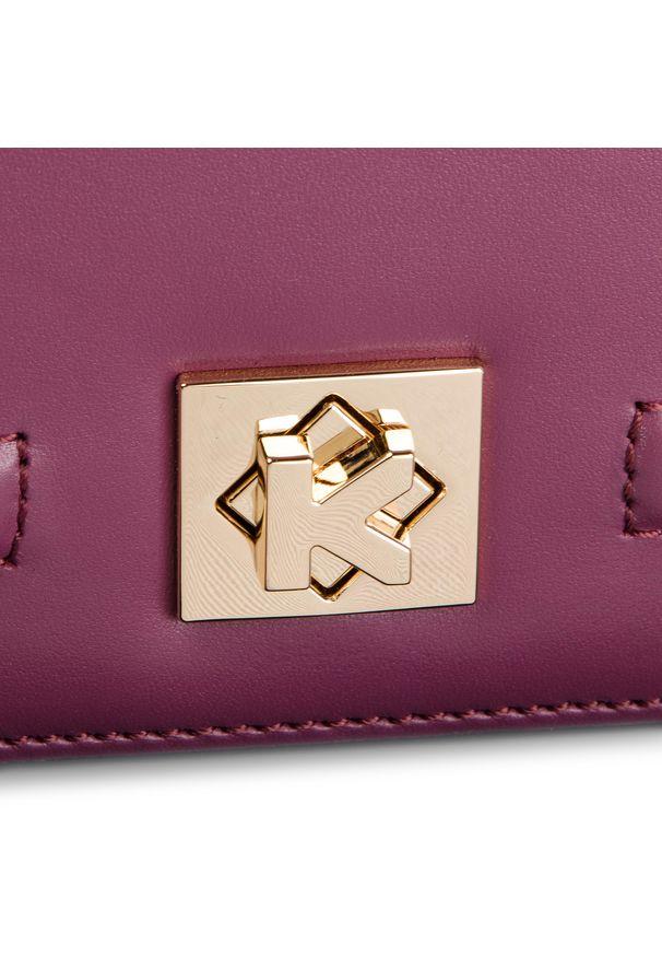 Czerwona torebka klasyczna Kazar w kolorowe wzory