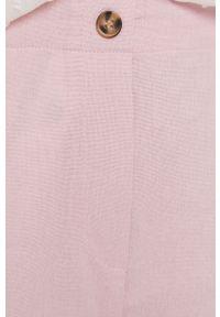 Vero Moda - Szorty. Okazja: na co dzień. Kolor: różowy. Materiał: tkanina. Wzór: gładki. Styl: casual