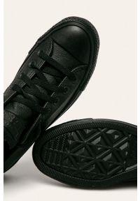 Czarne tenisówki Converse z cholewką, z okrągłym noskiem