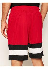 Czerwone spodenki sportowe Nike do koszykówki