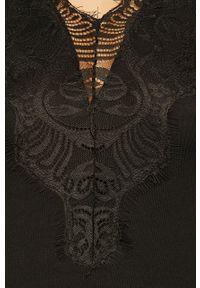 Czarny top Pieces na co dzień, casualowy, w koronkowe wzory