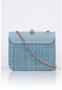 Niebieska torebka Monnari na lato, z aplikacjami