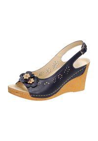 Niebieskie sandały Gregors klasyczne, na koturnie