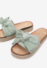 Born2be - Miętowe Klapki Euthiophai. Nosek buta: okrągły. Kolor: miętowy. Materiał: bawełna. Wzór: haft. Sezon: lato. Obcas: na platformie