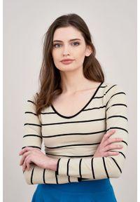 Marie Zélie - Bluzka Inzolia w beżowo-czarne paski. Kolor: wielokolorowy, beżowy, czarny. Materiał: bawełna, dzianina, materiał, elastan, skóra. Długość rękawa: długi rękaw. Długość: długie. Wzór: paski