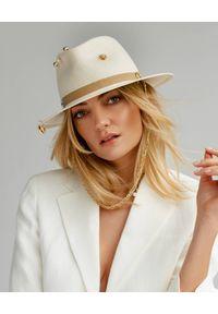 LESHKA - Biały kapelusz z perłą Panama. Kolor: biały. Materiał: len, materiał. Wzór: aplikacja