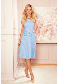Numoco - Elegancka Sukienka z Plisowanym Dołem - Jasny Błękit. Materiał: poliester, elastan. Styl: elegancki