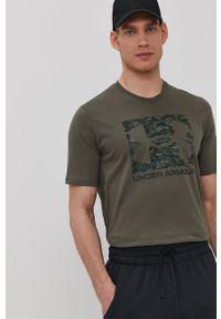 Under Armour - T-shirt. Okazja: na co dzień. Kolor: zielony. Wzór: nadruk. Styl: casual