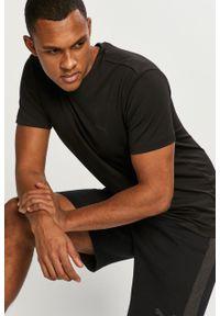 Czarny t-shirt Puma gładki, na co dzień, casualowy