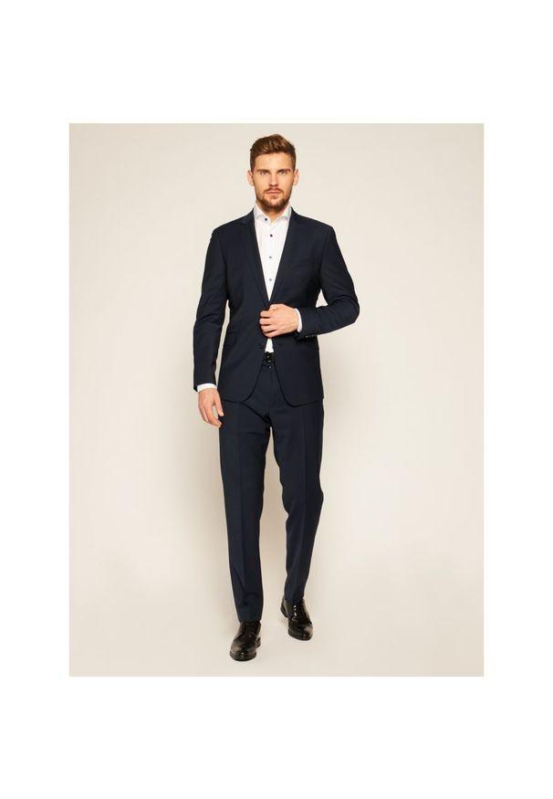 Niebieski garnitur Strellson