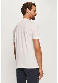 Biały t-shirt Armani Exchange z nadrukiem, casualowy