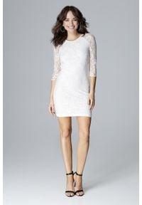 Lenitif - Koronkowa dopasowana sukienka z odkrytymi plecami ecru. Okazja: na randkę, na imprezę. Materiał: koronka. Długość: mini