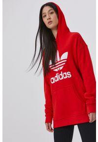 adidas Originals - Bluza bawełniana. Okazja: na co dzień. Typ kołnierza: kaptur. Kolor: czerwony. Materiał: bawełna. Długość rękawa: długi rękaw. Długość: długie. Wzór: nadruk. Styl: casual