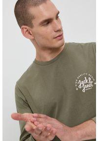 Jack & Jones - Longsleeve. Okazja: na co dzień. Kolor: zielony. Materiał: dzianina. Długość rękawa: długi rękaw. Wzór: nadruk. Styl: casual