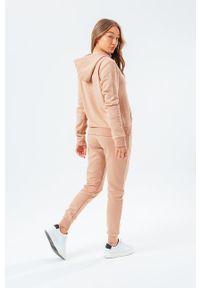 Hype - Bluza SIGNATURE. Okazja: na co dzień. Kolor: beżowy. Długość rękawa: długi rękaw. Długość: długie. Styl: casual