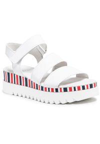 Białe sandały Gabor