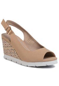 Beżowe sandały Clara Barson