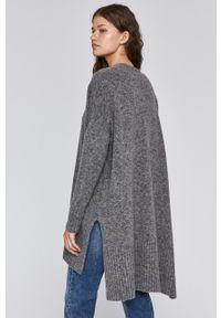 Sweter rozpinany medicine