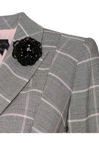 CATERINA - Szary żakiet z wiskozowej tkaniny. Kolor: szary. Materiał: tkanina, wiskoza. Długość rękawa: długi rękaw. Długość: długie