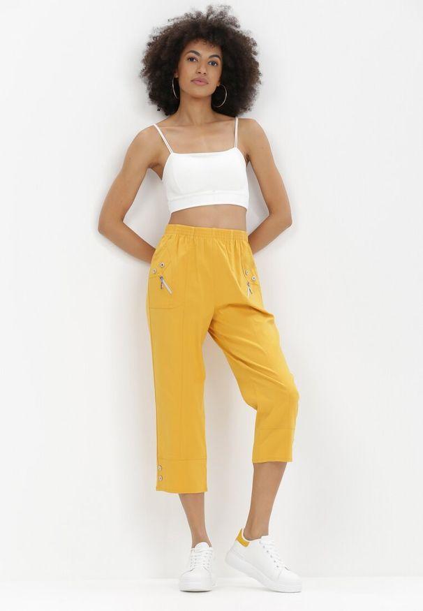 Born2be - Żółte Spodnie Adrasacia. Kolor: żółty