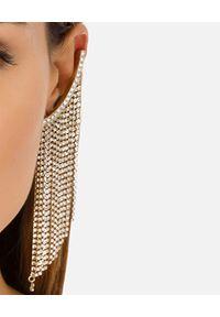 Elisabetta Franchi - ELISABETTA FRANCHI - Nausznice z kryształami na łańcuszkach. Materiał: złote. Kolor: złoty. Wzór: aplikacja. Kamień szlachetny: kryształ
